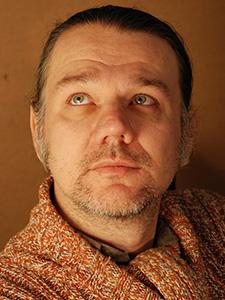 """Максим Афанасьев, арт-директор ЦМИ """"Тотем"""", дизайнер, фотограф, режиссёр."""